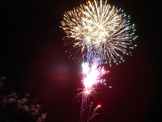 Burns-2015-July-4-Fireworks-burst_72.jpg