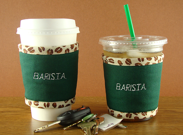 Thinsulate insulated Barista Kup Kollars on hot and cold take-out cups.