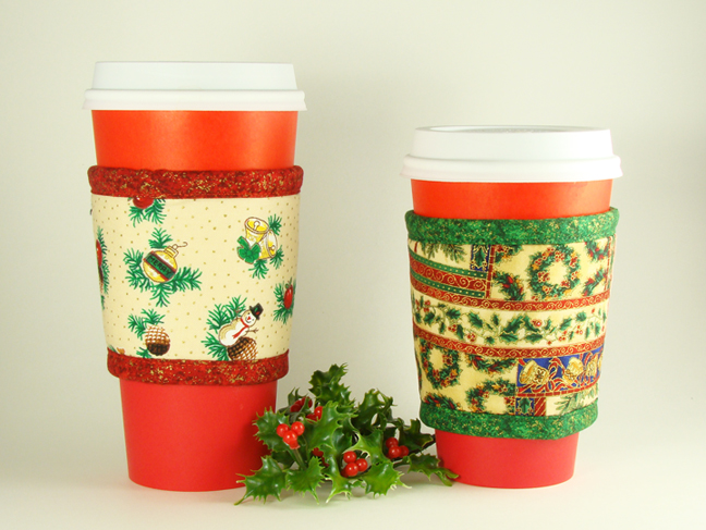 Thinsulate insulated Holidays Kup Kollar on Starbucks 16 ounce hot take-out cup.       Thinsulate insulated Holiday Patchwork Kup Kollar on 12 ounce hot take-out cup.