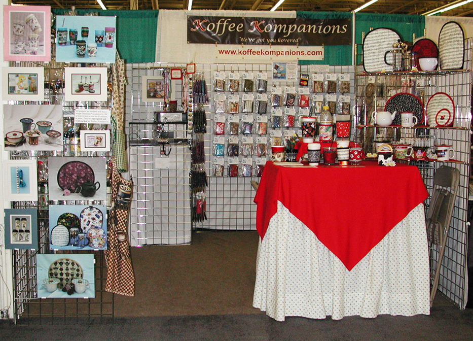 Booth-2004-Dallas-front-view_96.jpg