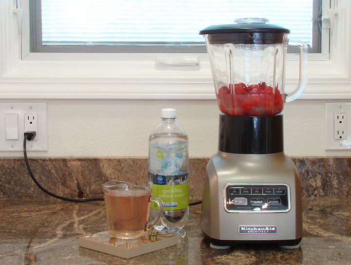 Recipe Drinks Fruit Raspberry Limeade_72
