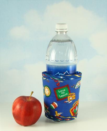 Thinsulate insulated School Daze Kup Kollar on 24 ounce water bottle.