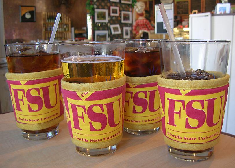Thinsulate insulated FSU Kup Kollars on 16 ounce glasses.