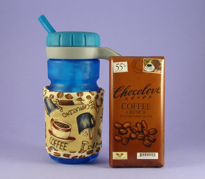 Thinsulate insulated Coffee Drinks Kup Kollar on a 16 ounce OXO spill proof bottle.