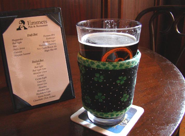 Thinsulate insulated Shamrocks Kup Kollar on a pint of beer.