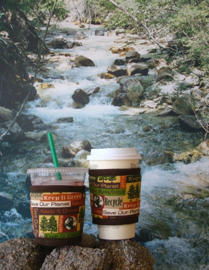 Thinsulate insulated Recycle Kup Kollars on 16 ounce hot and cold take-out cups.