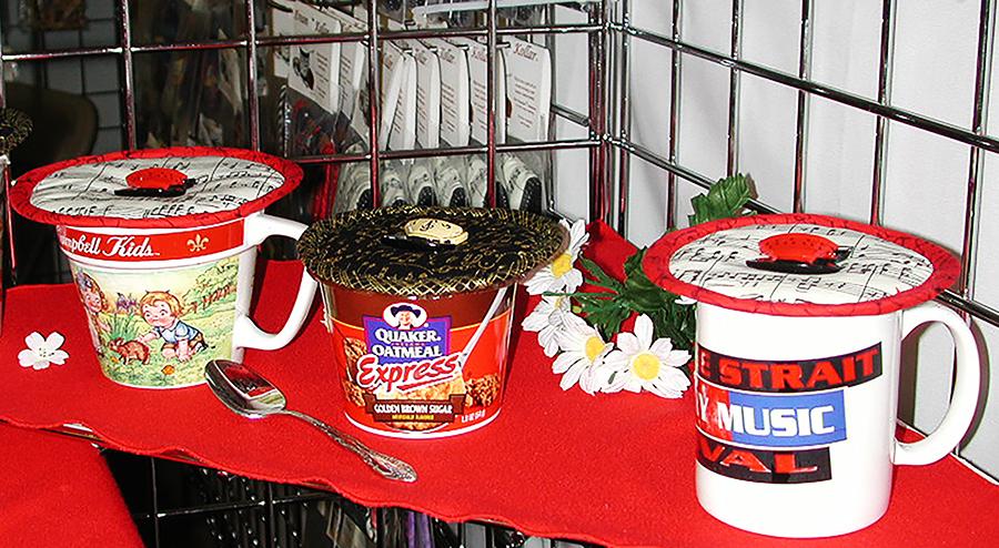 Booth 2004 Dallas Kaps display.jpg