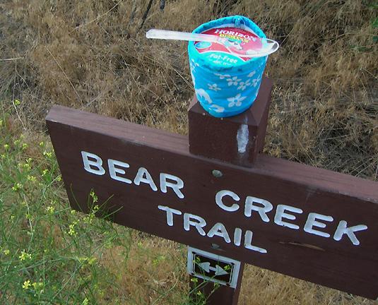Lair 'o the Bear July 08 6286 yogurt on sign _96.jpg