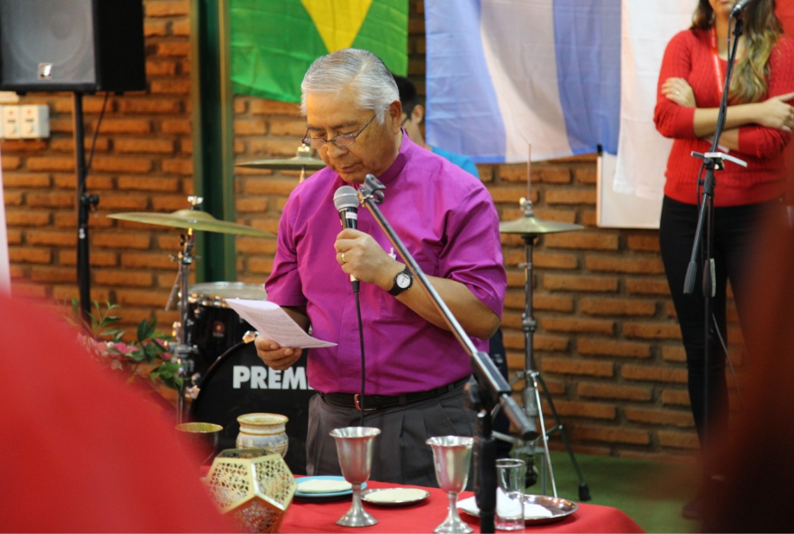 Bishop Abelino leads the communion liturgy