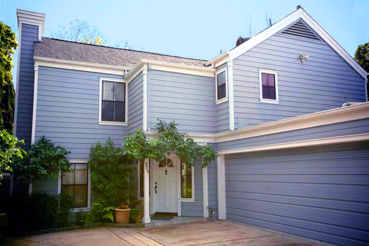 Upgrade free standing condominium - Santa Barbara