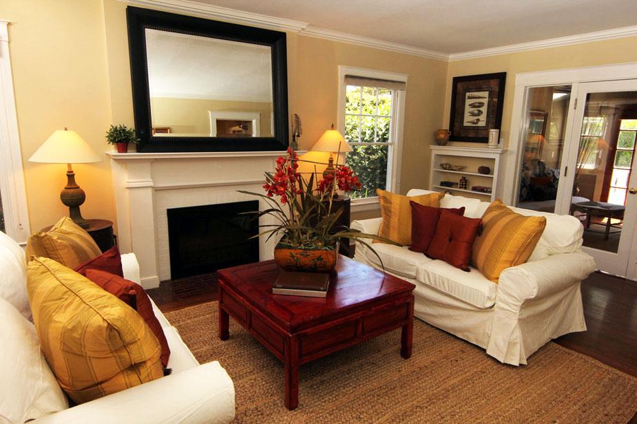 3-livingroom_web.jpg