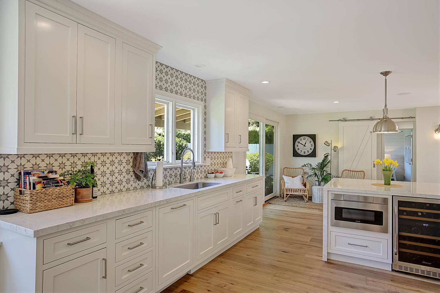 3765_Lincoln_Road-kitchen.jpg