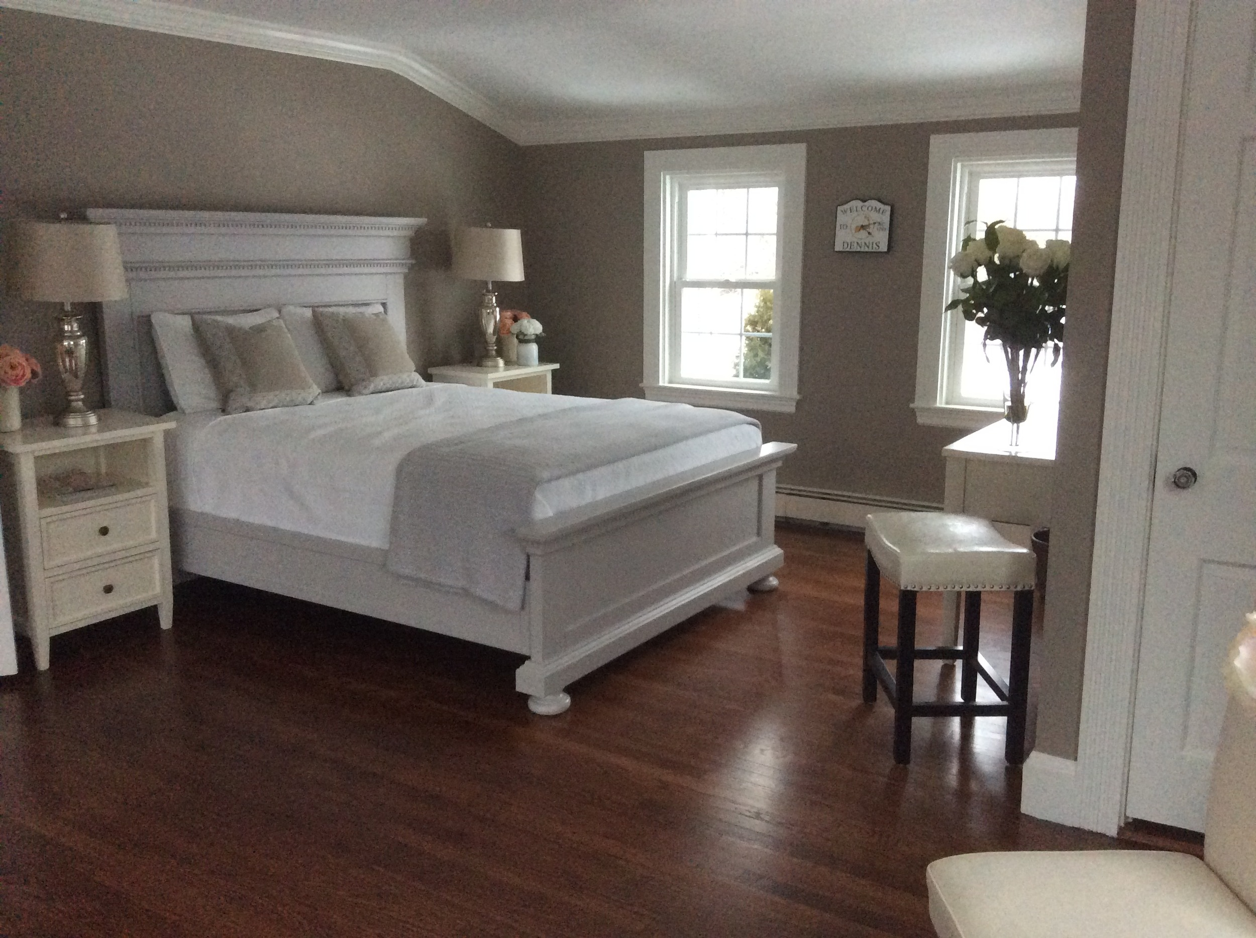 Newly renovated Bridal Suite.