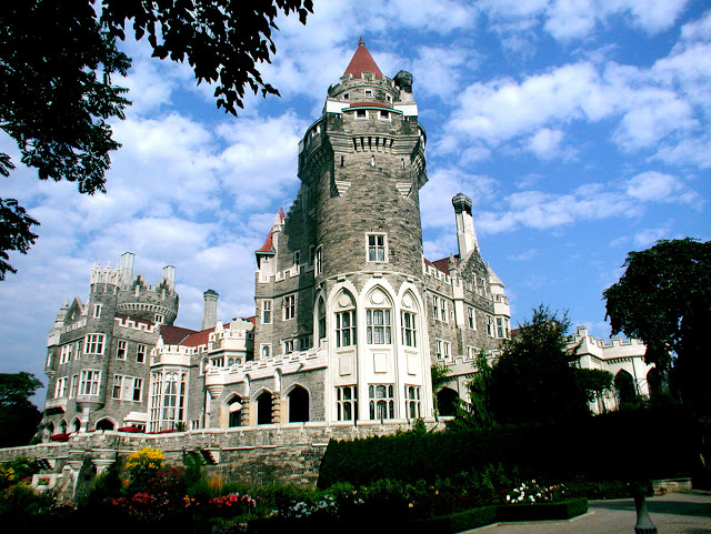 For a touch of Downtown Abbey, look no further than  Casa Loma  in Toronto right in the heart of downtown.