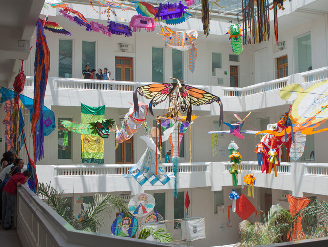 The  Museo de Arte Popular  in Mexico brings all the color and whimsy that Mexican arts and crafts have to offer. Tour the galleries during your reception. Take in the atrium during dinner. Experience Mexican creativity all night long.