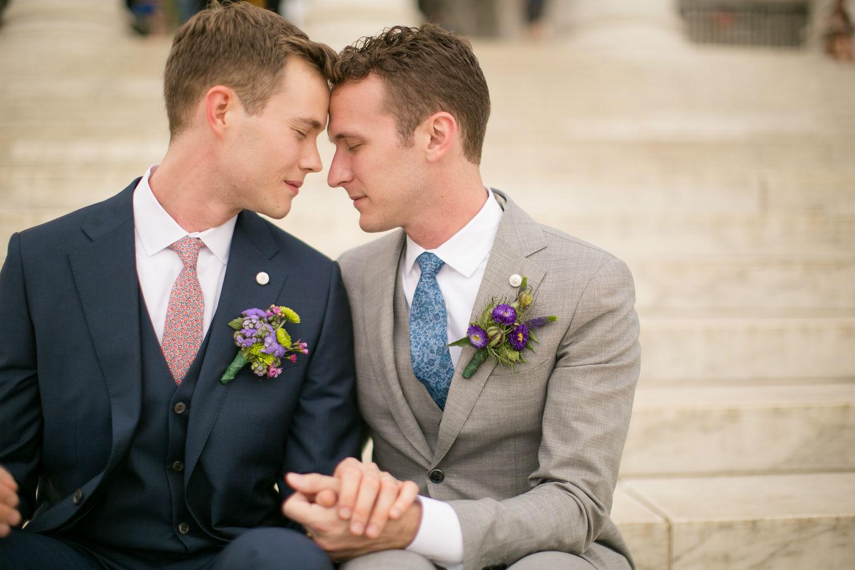 gay-wedding.jpg