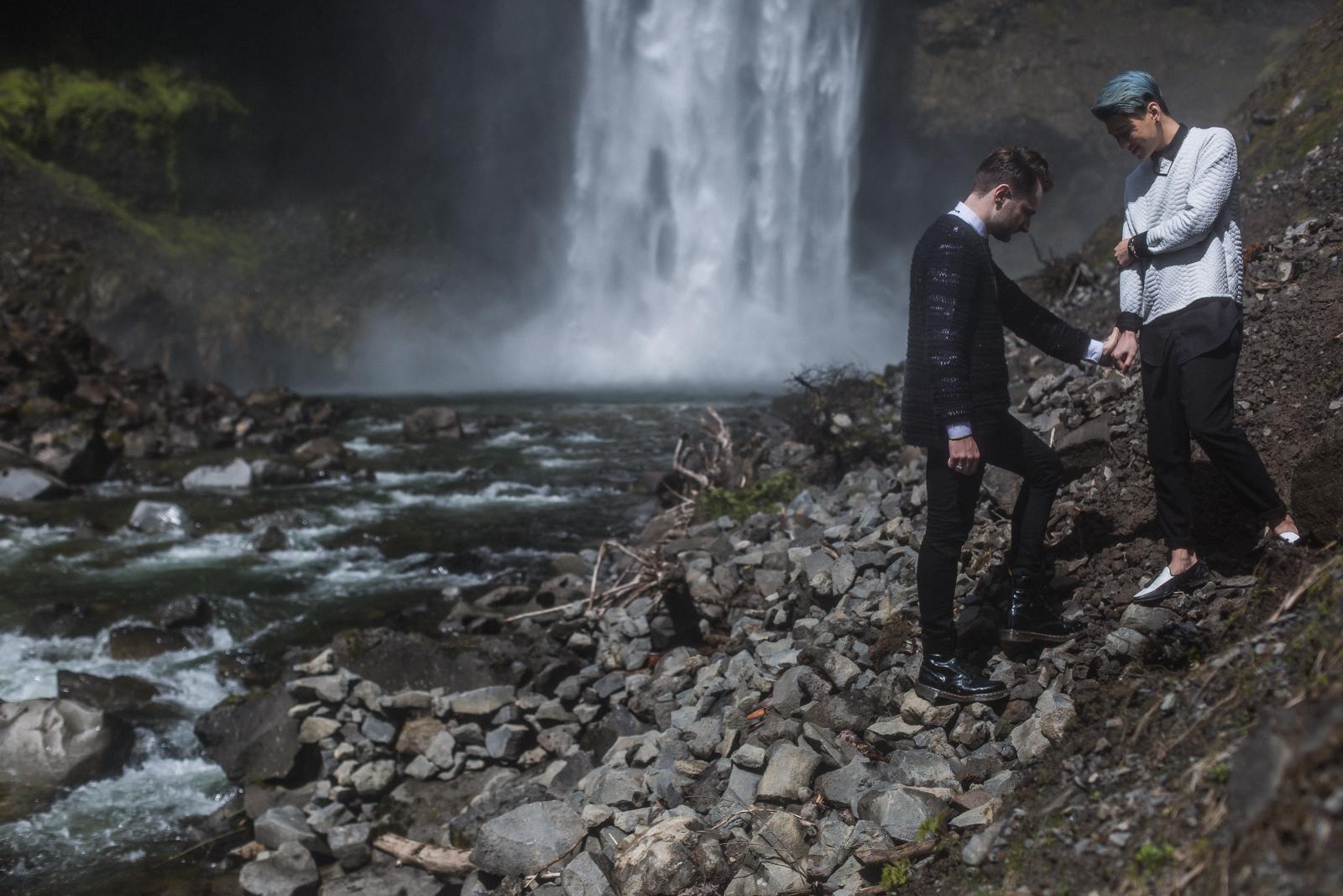 Brandywine-Falls-Engagement-Gay-wedding-01.jpg