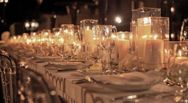 Candle-Wedding-Centerpieces.jpg