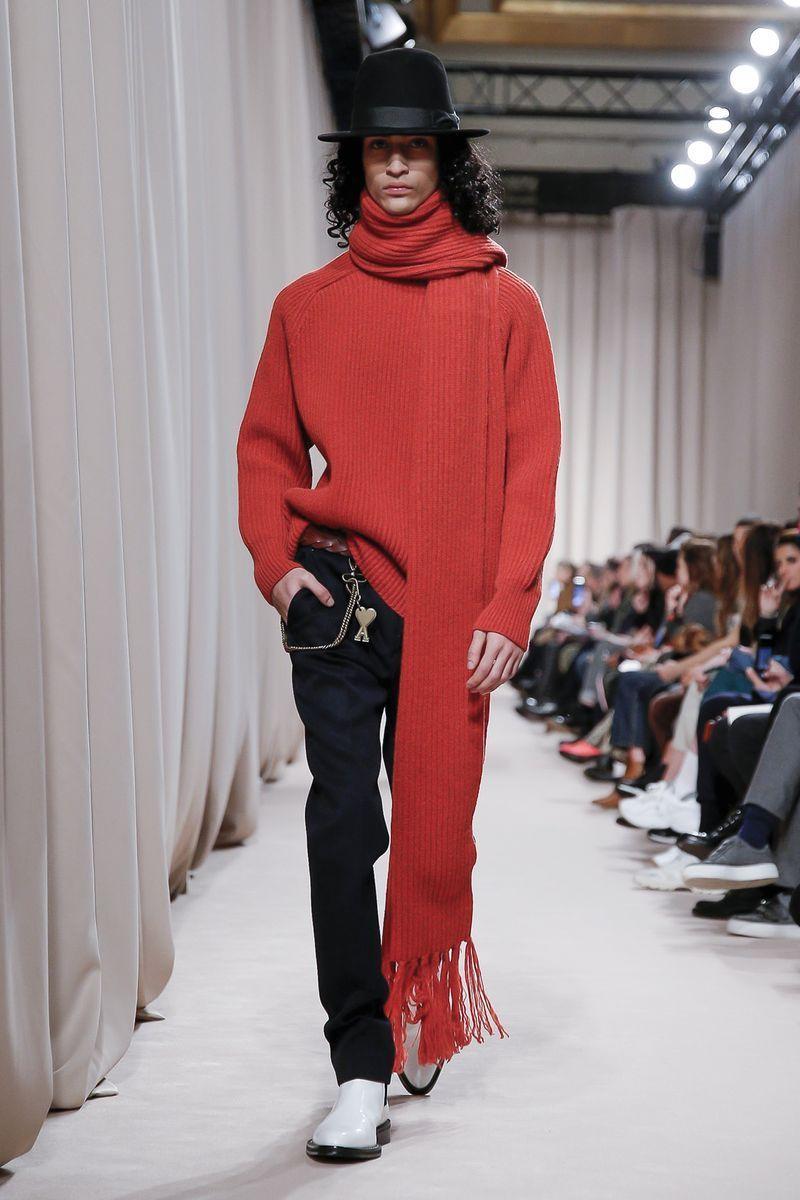 ami-paris-fw19-red-knit-scarf.jpg