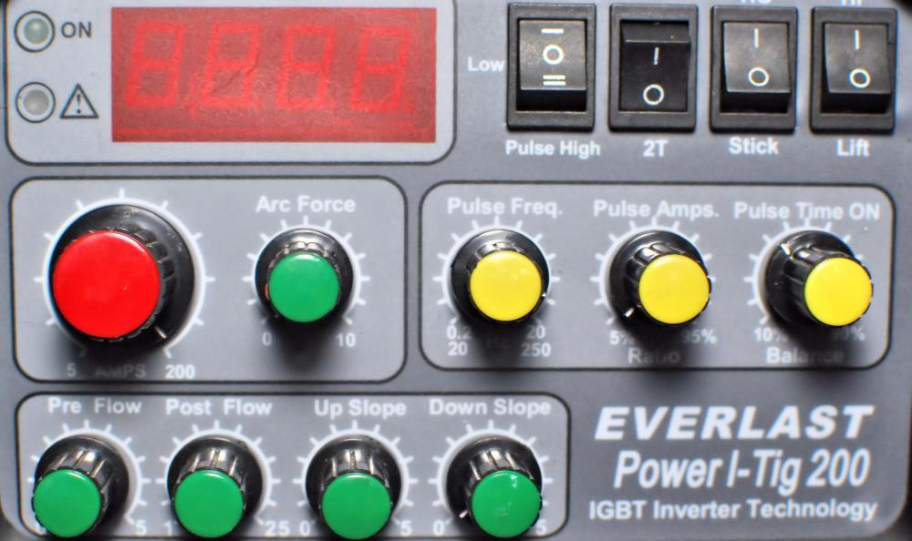 Power-i-TIG-200-Panel2.jpg