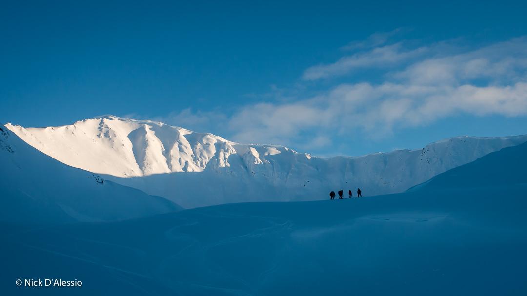 group_AGC-avalanche-course_Alaska.jpg