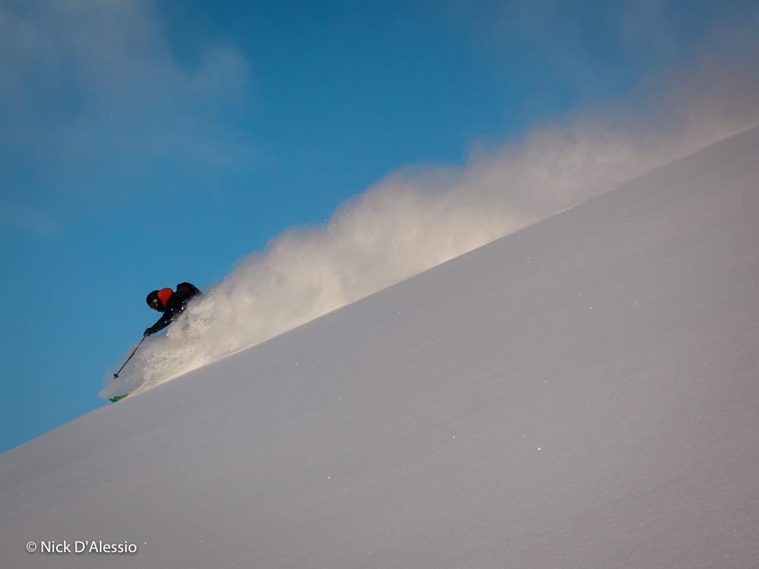 Alaska-backcountry-powder-skiing.jpg