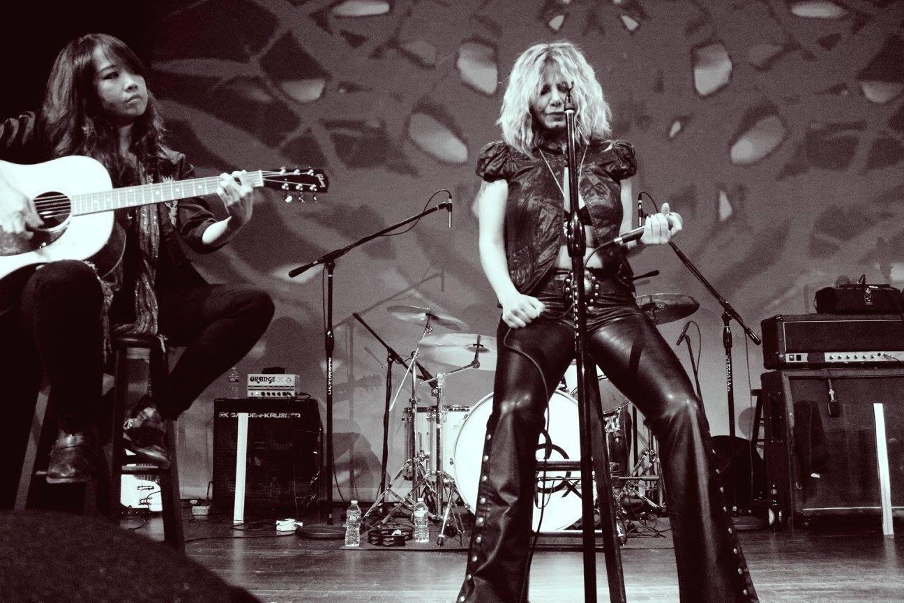 Marlain Angelides Live with Lez Zeppelin