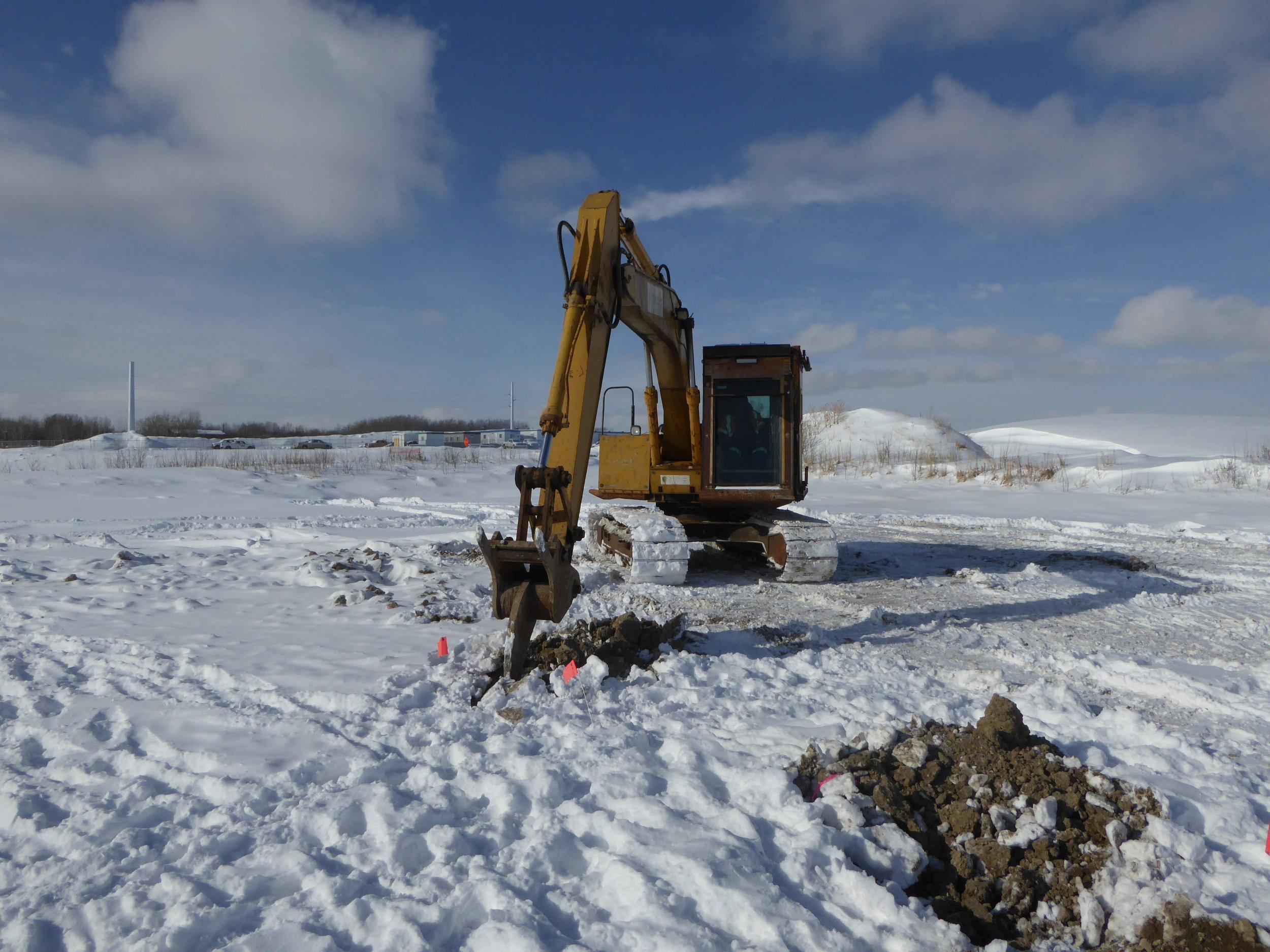 ENMAX Sub 30 - XTECH Armoured Excavator - 11 Feb 18 - Pic 3.JPG
