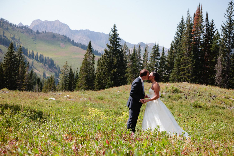 alta-lodge-utah-wedding-14.jpg