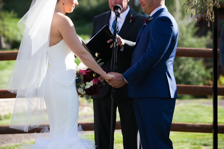 riverhorse-on-main-wedding-29.jpg