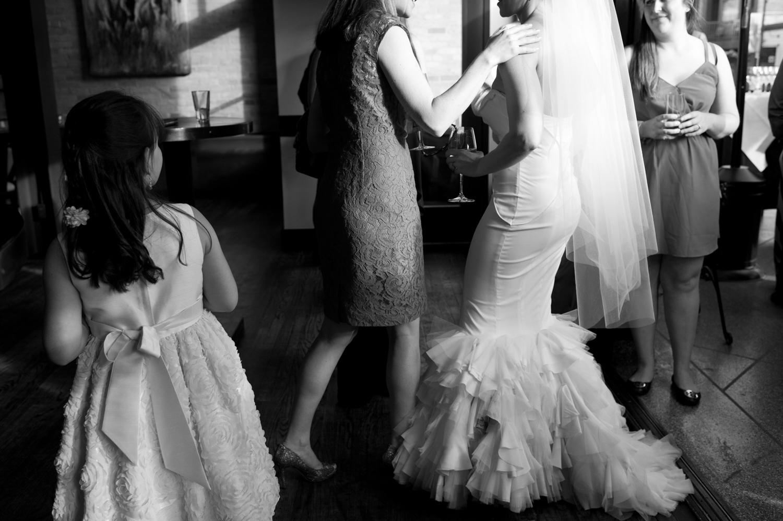 riverhorse-on-main-wedding-74.jpg