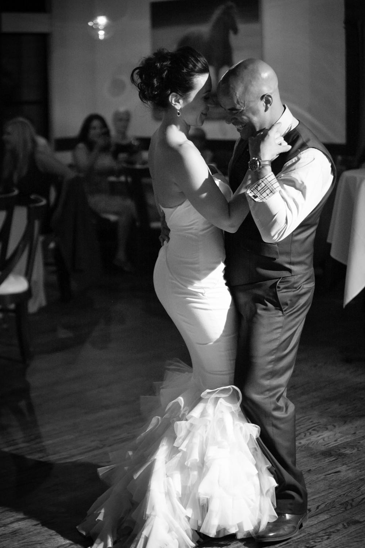 riverhorse-on-main-wedding-102.jpg