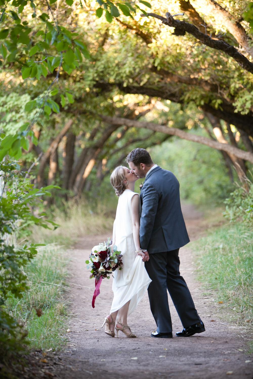 red-butte-garden-wedding-12.jpg