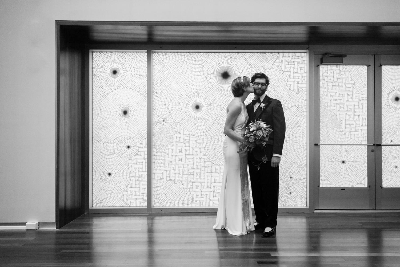 utah-museum-of-fine-arts-wedding-022.jpg