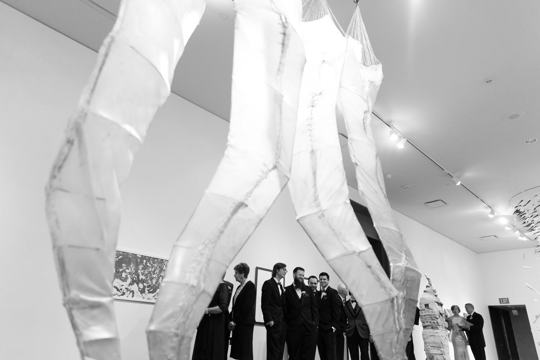 utah-museum-of-fine-arts-wedding-025.jpg