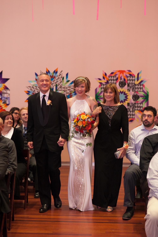utah-museum-of-fine-arts-wedding-027.jpg