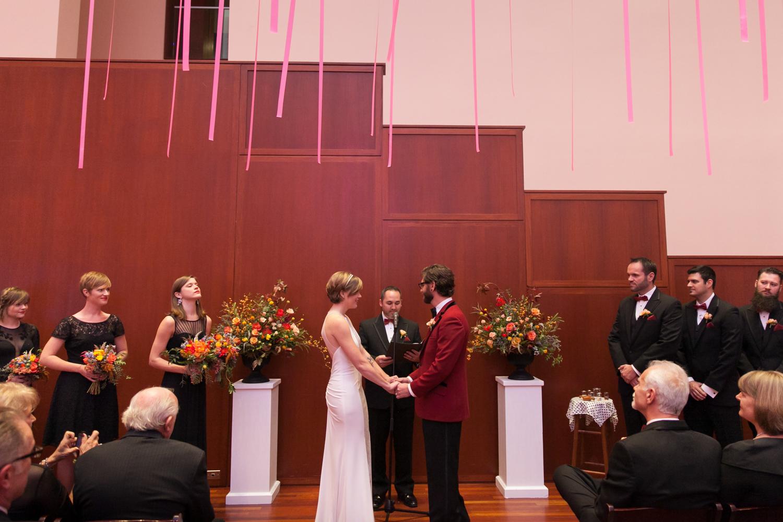 utah-museum-of-fine-arts-wedding-029.jpg