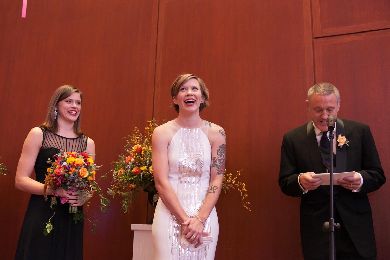 utah-museum-of-fine-arts-wedding-035.jpg