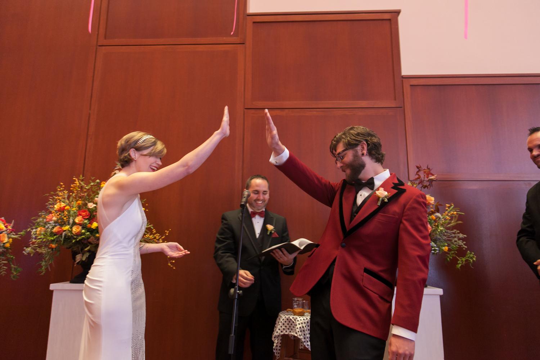 utah-museum-of-fine-arts-wedding-042.jpg