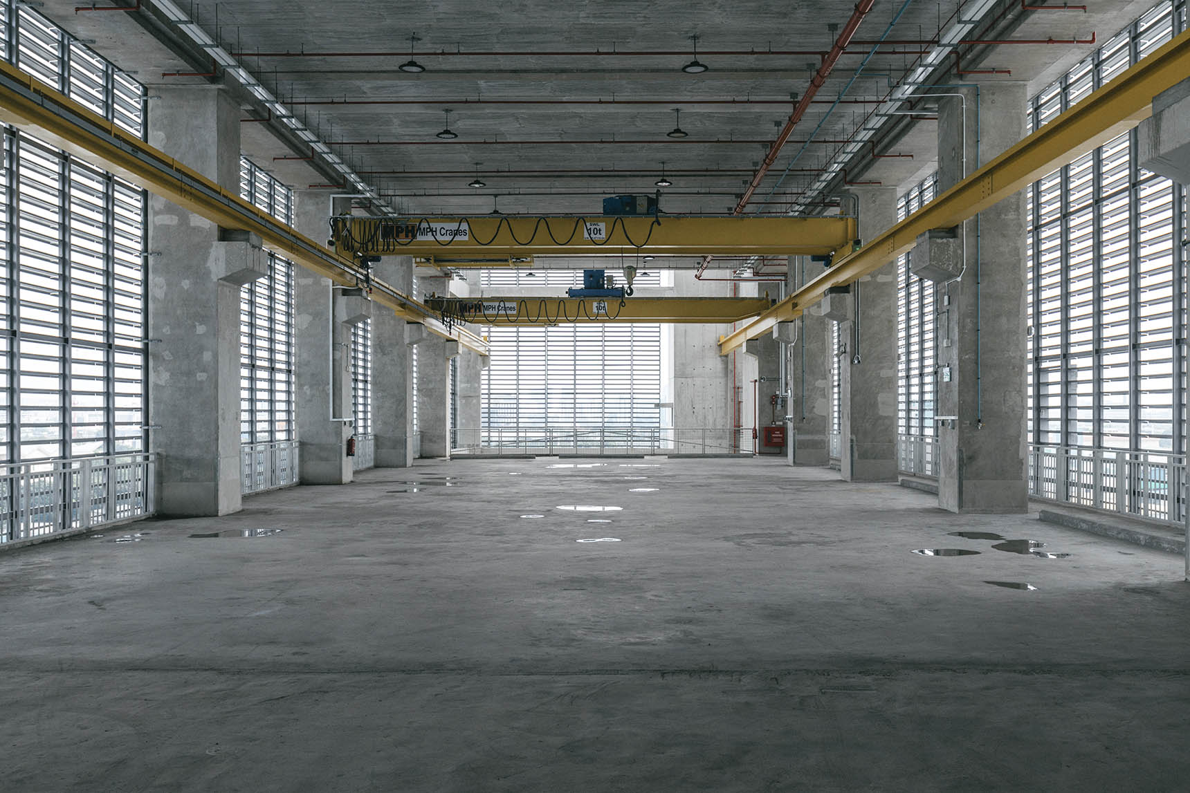Industrial_floor01.jpg