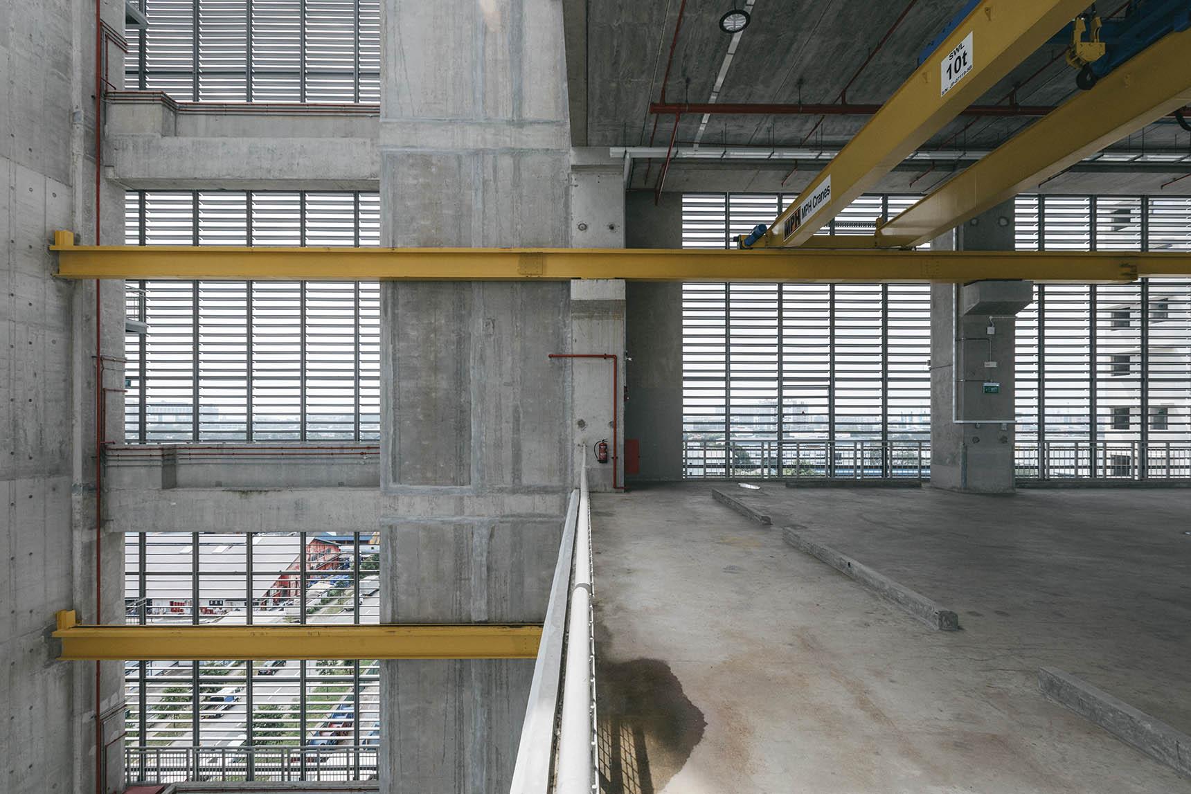 Industrial_floor02.jpg
