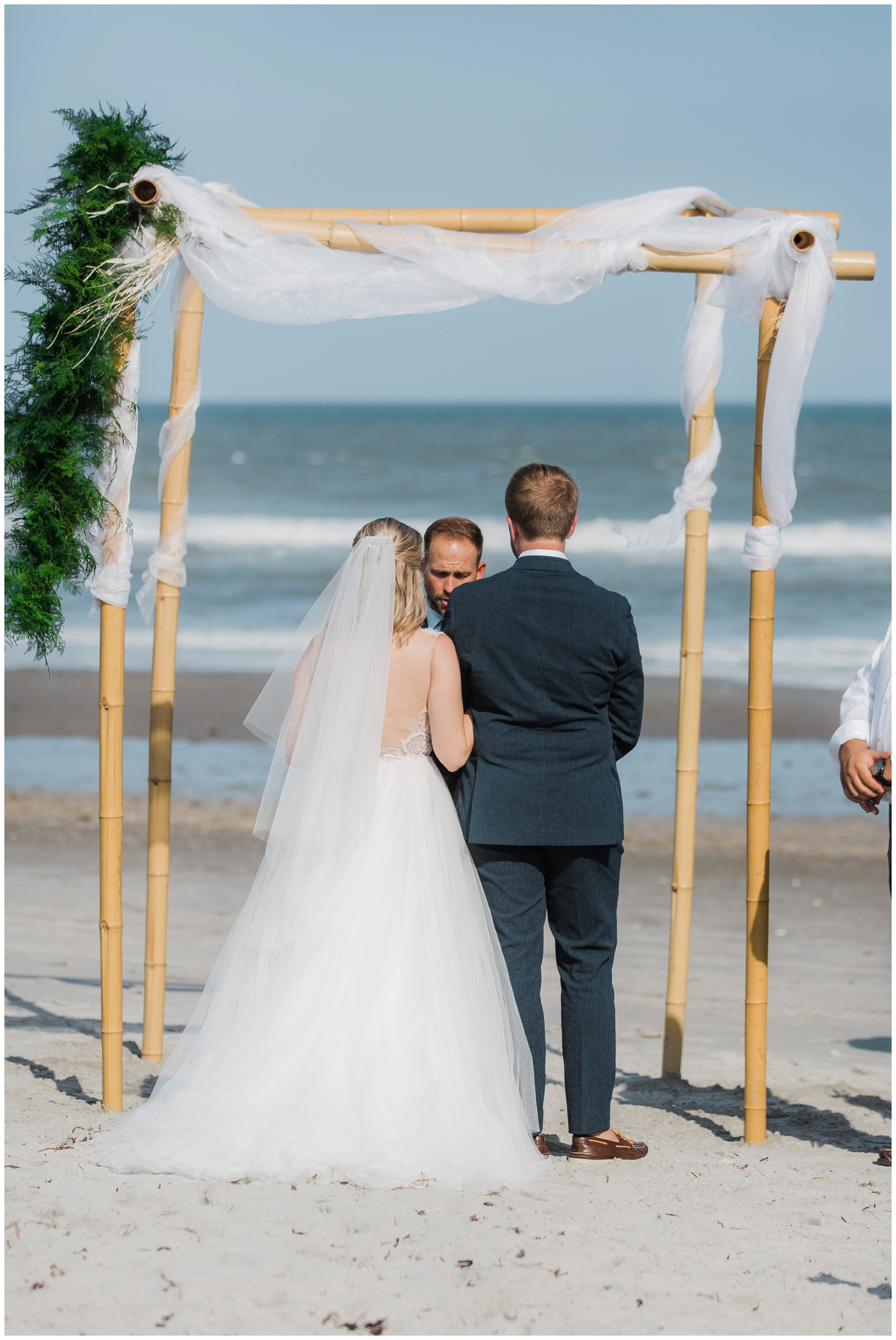 kaley and kevin-coco beach pier wedding-kimberly smith photography_0030.jpg