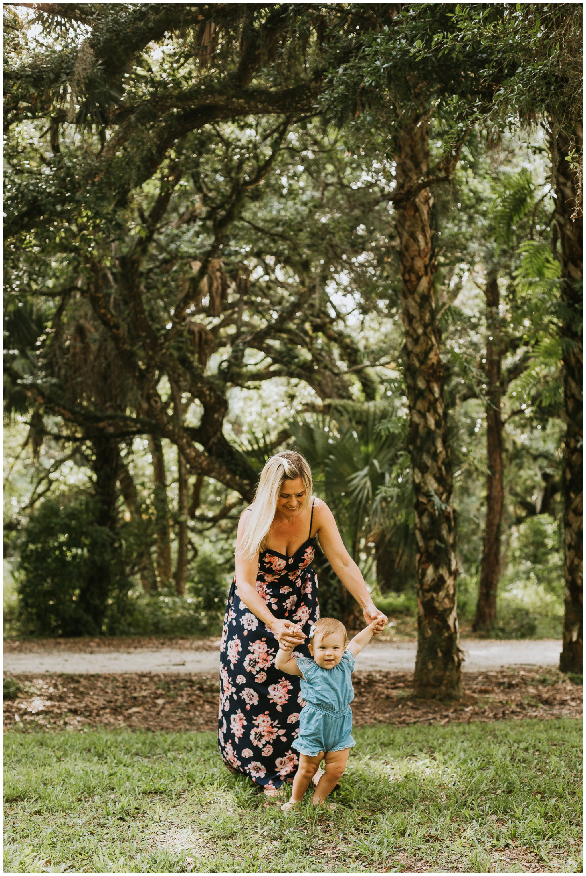 Kimberly Smith Photography| Jupiter Family Photography| Jupiter Florida Photographers| Palm Beach Family Photographers| Palm Beach Photographers | Riverbend Park Family Photos | Riverbend Park_0058.jpg