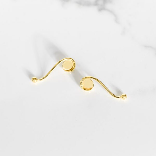 Ivy earrings - Subscribe to our newsletter for a chance to win this gorgeous gold plated piece by Anne Manns.