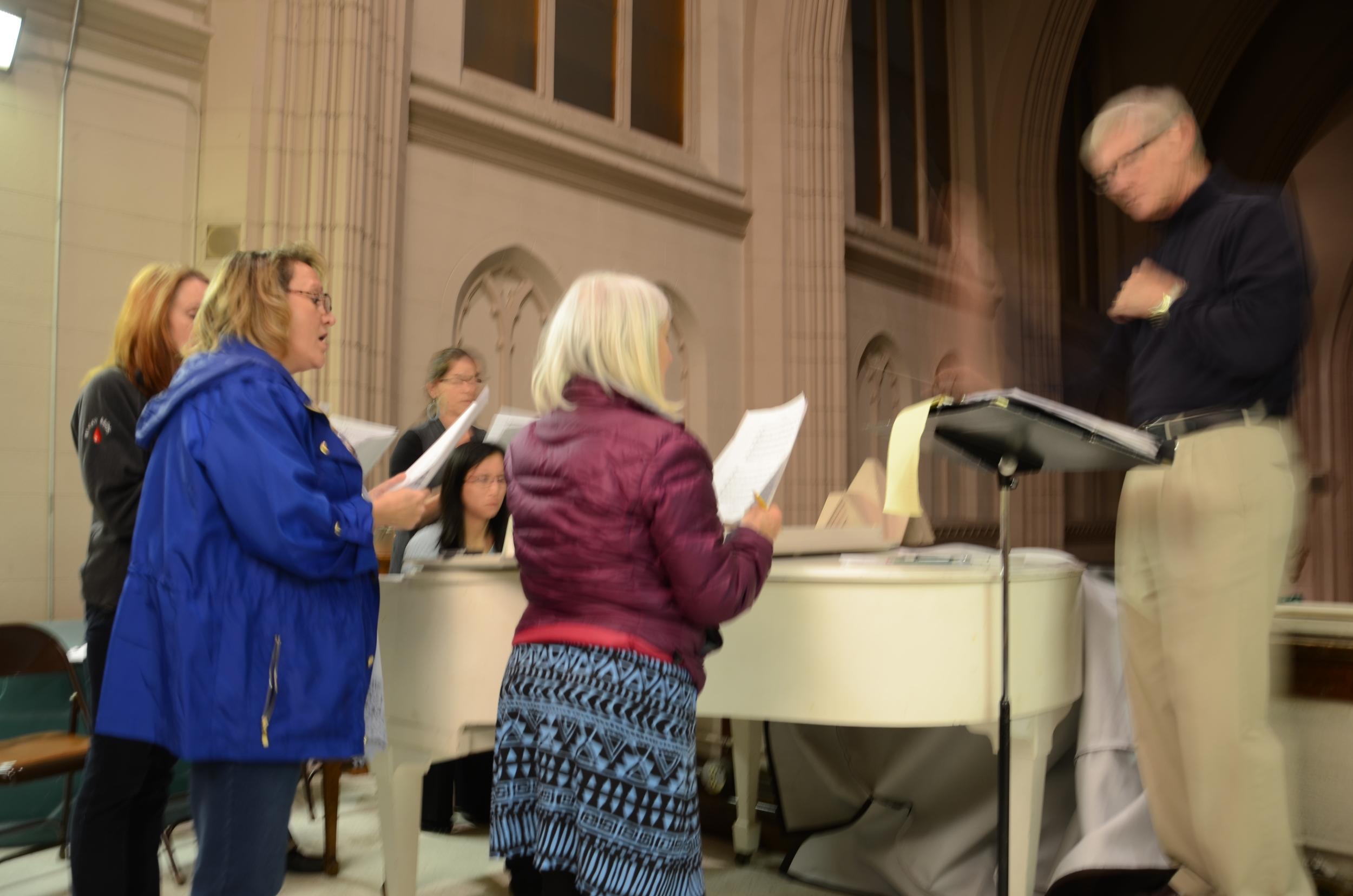 Vittoria Ensembl 2015-05-21 2157 rehearsal St Dom4.JPG