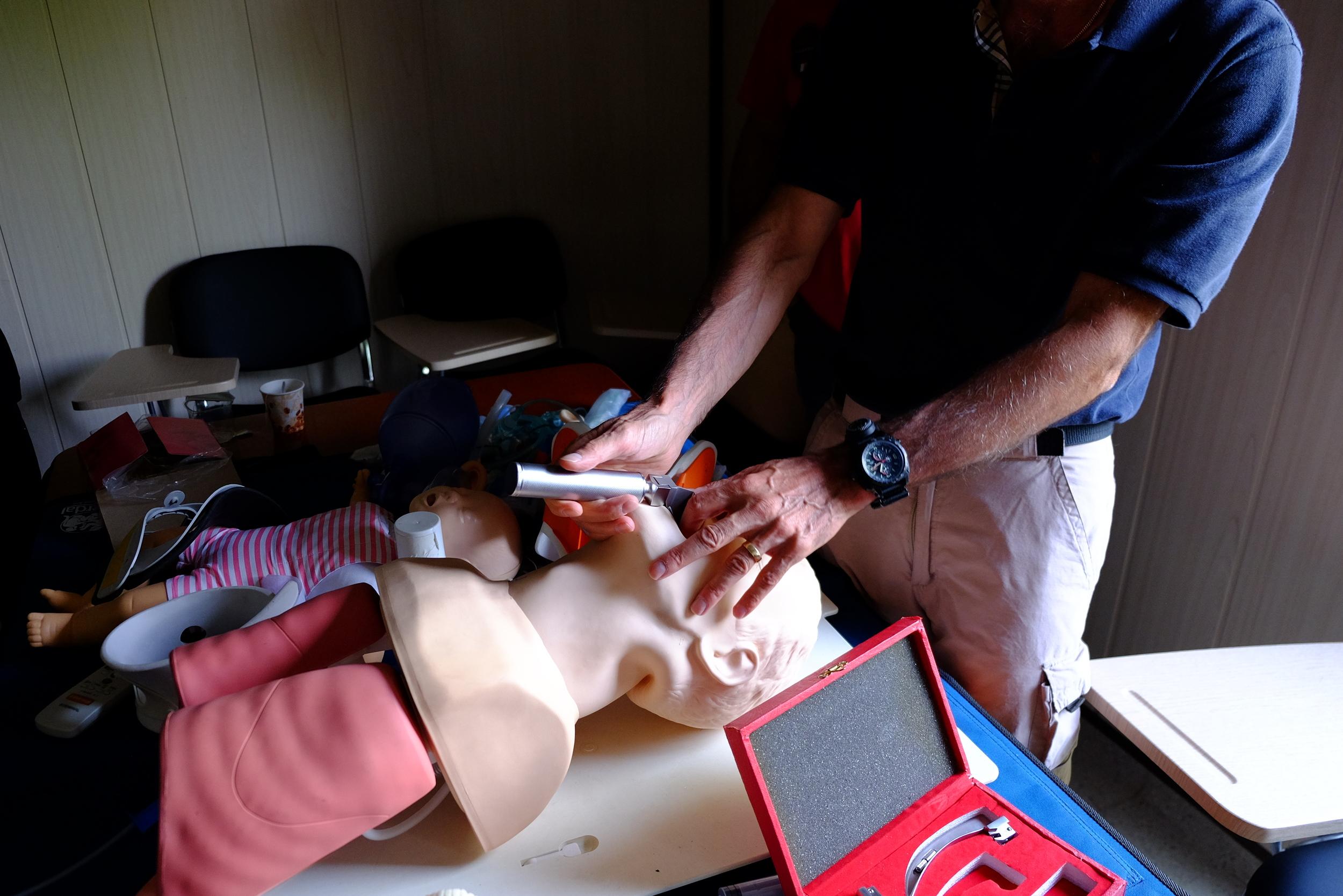 GSMSG Combat Trauma Specialists teaching field intubation techniques to field medics