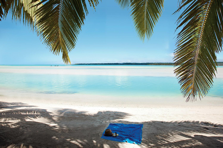 Aitutaki-Beach-Shot_1500px.jpg