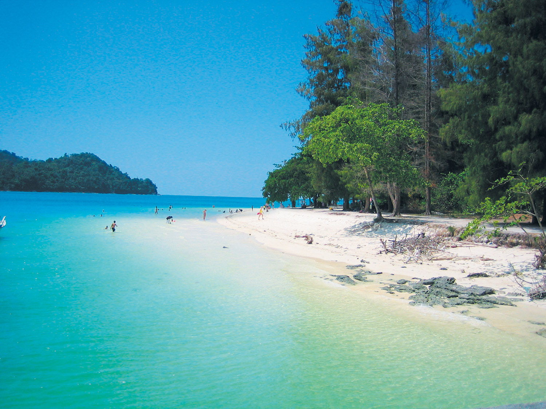 langkawi_beach_1500px.jpg