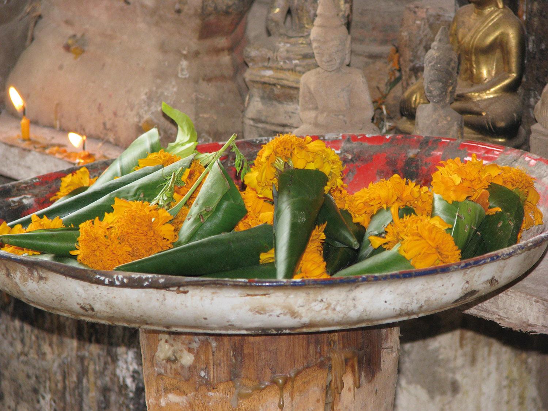 LAOS Luang Prabang offerings at Pak Ou caves_1500px.jpg