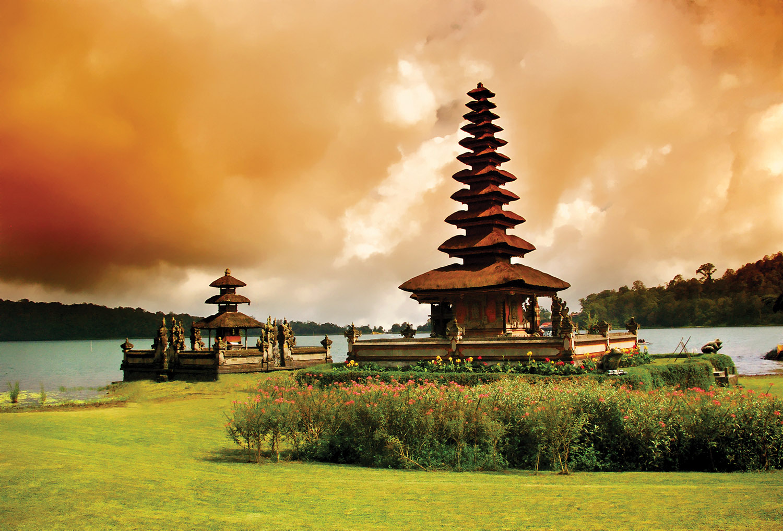 balinese temple_1500px.jpg